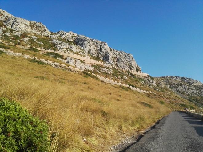 Дорога до Talaia d'Albercutx